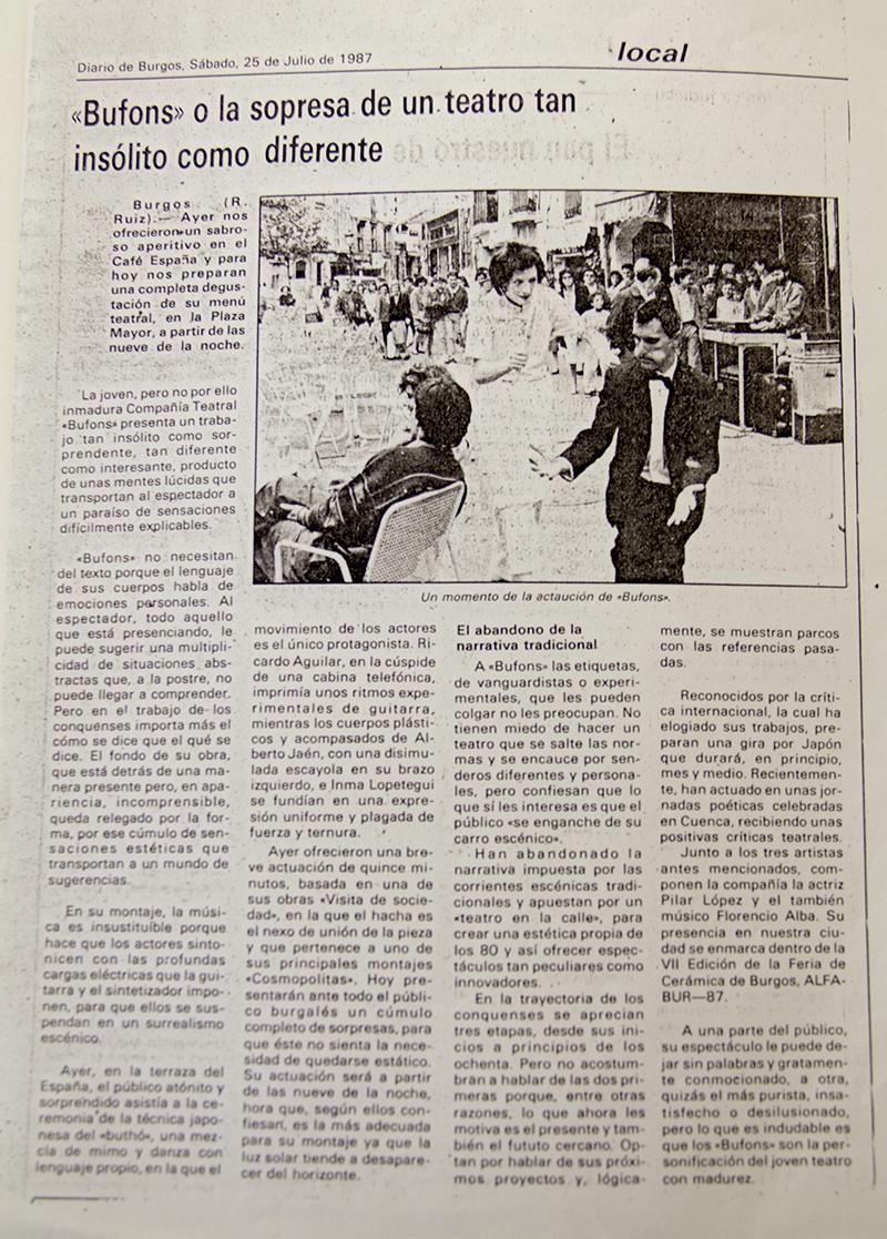 Diario de Burgos, 1987. Los Bufons o un la sorpresa de un teatro tan insólito como diferente.